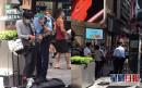 街头歌手Oliver Ma中环唱《荣光》英文版 被警方带走