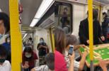 Juicy叮|港鐵車廂變麻雀館 5乘客懶理旁人目光開枱打牌