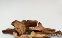 鴨脷洲知名乾貨店出售疑摻雜不可食用菇類的牛肝菌 食安中心令停售回收