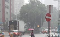 紅色暴雨警告及新界北水浸報告生效