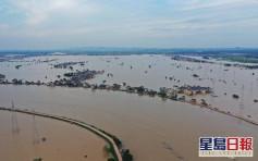 鄱陽湖形勢嚴峻 185座排澇設施今日全部開閘分洪