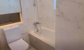 浴室設浴缸,可享浸浴之樂。