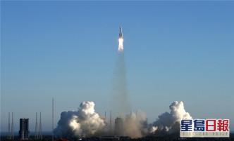 长征五号B运载火箭在海南文昌首飞成功。
