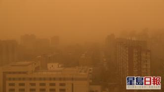 內地12省市出現大範圍黃沙。