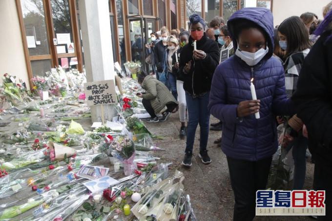 斩首命案引发法国社会激烈争议。AP资料图片