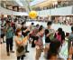 【東京奧運】商場大電視直播賽事 觀戰市民:氣氛熱鬧得多