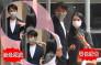 獨家丨47歲陳煒享受初戀式拍拖 被捉實過馬路  甜幫男友拍走頭皮
